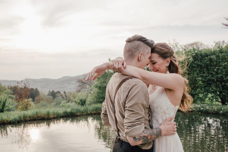 Hochzeit, micro wedding, freie Trauung, Elopement, Micro Hochzeit, Corona, Covid, Boho, alternativ, Brautpaar, Hochzeitsfotograf,